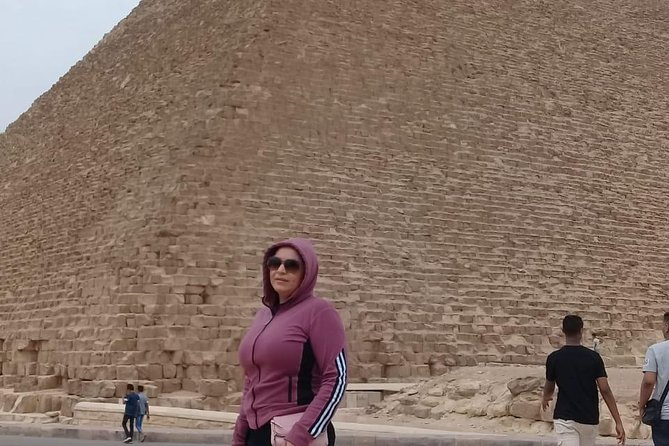 private day tour 8 hour full day Giza pyramids Skakkara Memphis