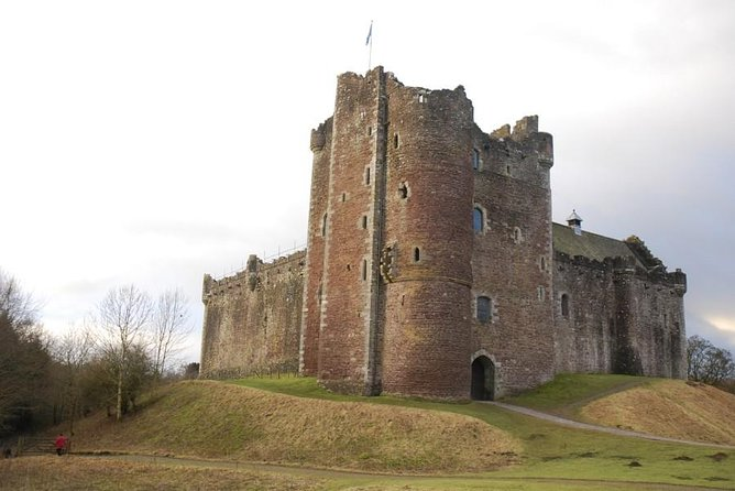 Outlander Tour Small Group Day Tour from Edinburgh