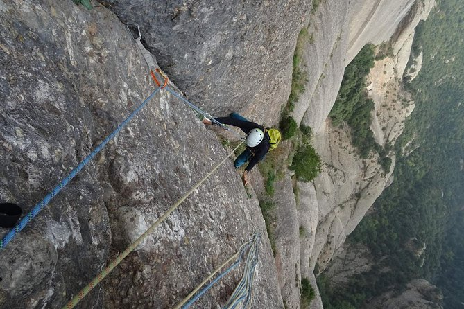 Full-day Guided Rock Climbing Trip in Montserrat, Barcelona photo 8