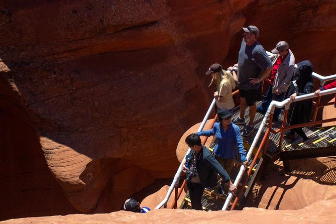 Private Lower Antelope Canyon Day Tour photo 3