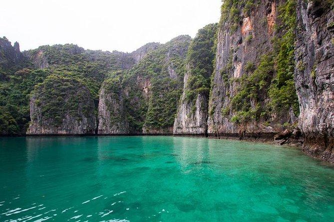 Wonderful Phi Phi Islands Snorkeling Tour from Krabi