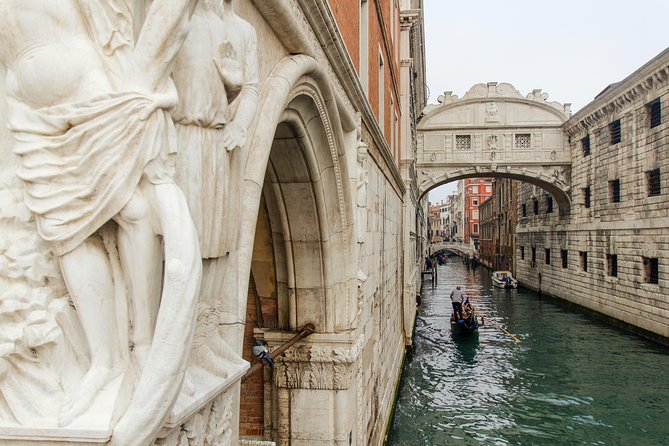 Group or Private Venice In a Day: Basilica San Marco, Doges Palace & Gondola