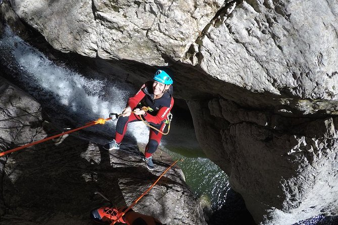 Canyoning beginner tour 89 €