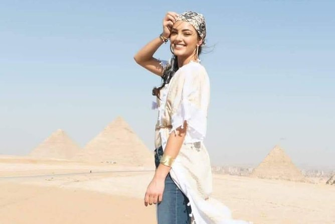 Pyramids and Sphinx Tour with Nile River Boat Cruise including the entrance fees