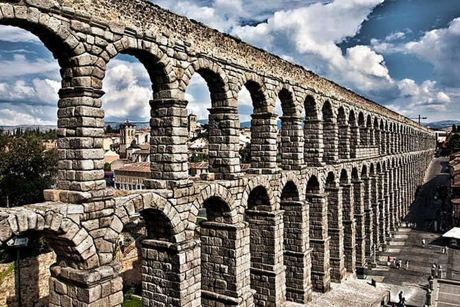 Private 5-hour Tour to Segovia from Madrid with hotel pick up