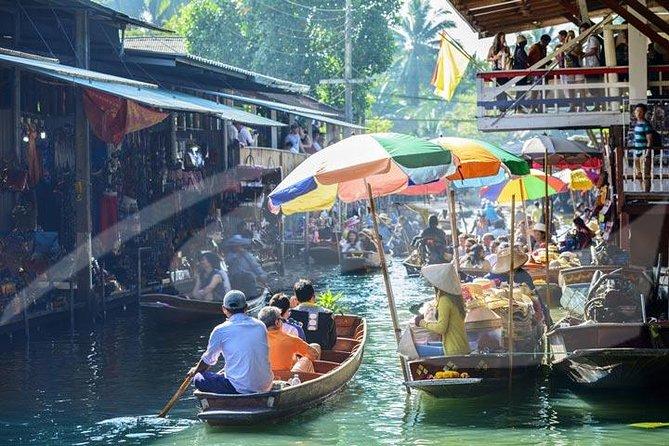 Excursão privada: Excursão de um dia pelos mercados flutuantes e ponte sobre o rio Kwai, partindo de Bangcoc