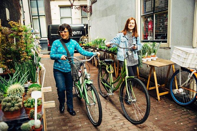 E-Bike Private Tour: The Highlights & Hidden Gems of Amsterdam