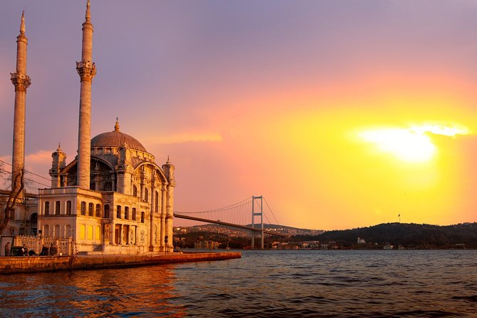 Bosphorus Cruise, Dolmabace Palace and Istanbul Asian Side Tour