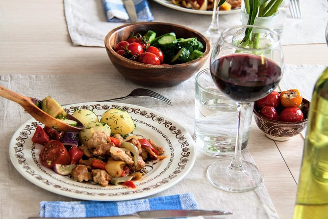 Moscow: Genuine French-Russian dinner at locals