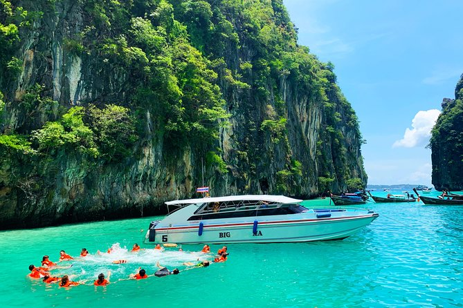 Phi Phi Day Tour with Seaview Lunch