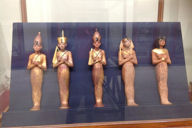 Sightseeing Day Tour to Pyramids, Egyptian Museum and Bazaar from Giza or Cairo photo 27