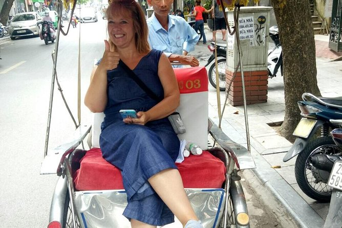 Private Hanoi street food and cyclo tour photo 19