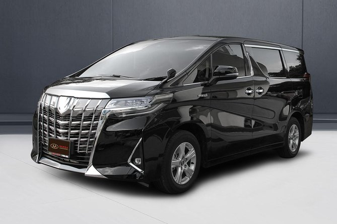 Bangkok Airport Limousine: New Toyota Alphard (To Airport) photo 2