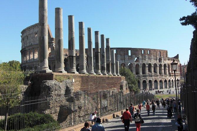 Rome:Colosseum tickets & Hop-on Hop-off bus
