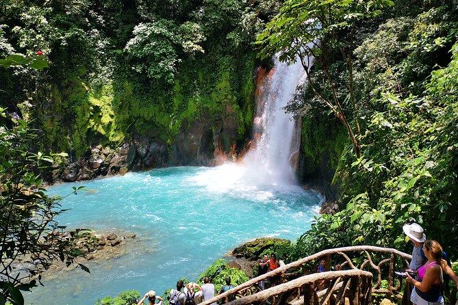 Rainforest Hiking to Rio Celeste Waterfall Private Tour
