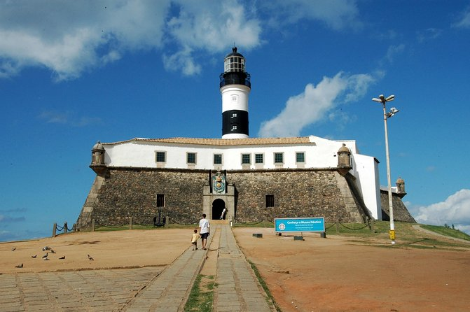 Transfer roundtrip in Salvador with Historical City Tour photo 7
