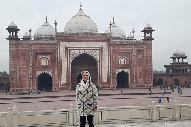 Private Taj Mahal Full day Agra tour by car from Delhi with multiple tour option photo 12