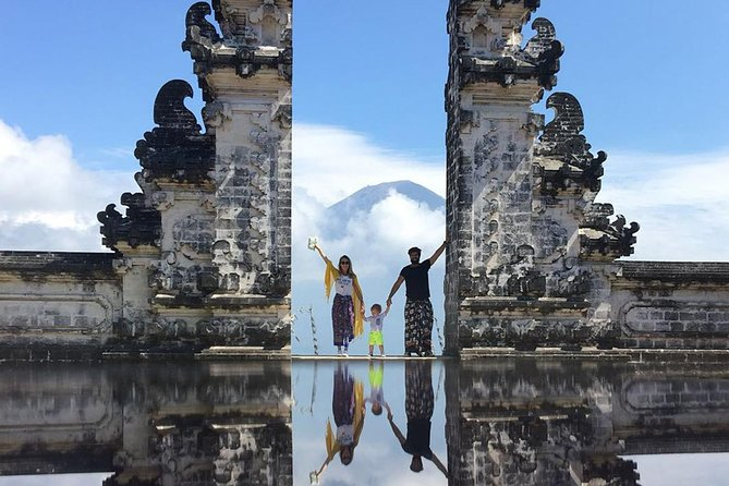 Bali Private Lempuyang Instagramable Tour