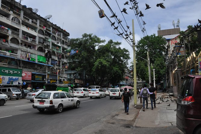Yangon on Foot Morning tour photo 4