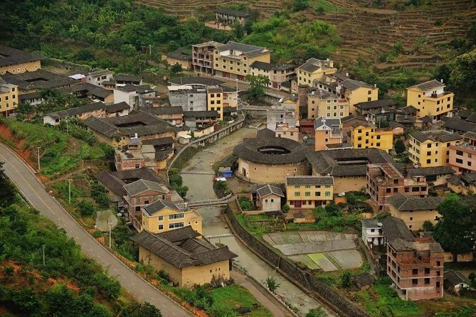 Private Full-Day trip to Fujian Hakka Tulou and a White-Water Rafting photo 4