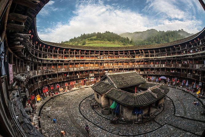 Private Full-Day trip to Fujian Hakka Tulou and a White-Water Rafting photo 9