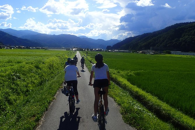Morning Cycling Tour in Hida-Furukawa photo 4