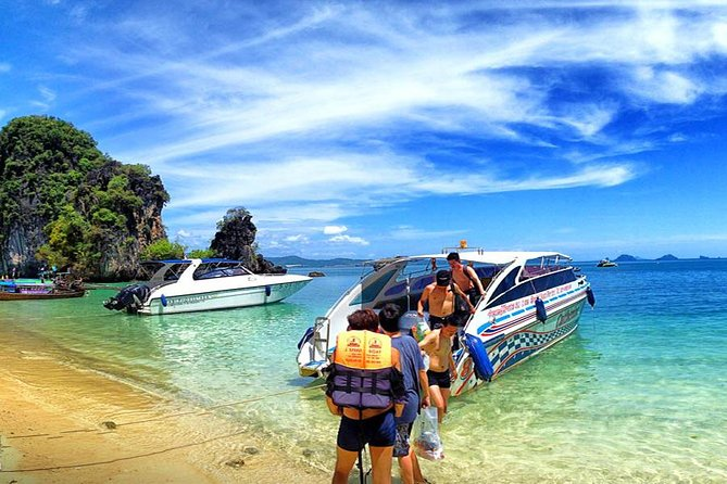 Private Exclusive Speed Boat Tour Phi Phi and Bamboo Islands