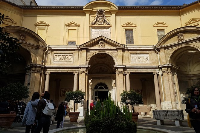 Fast Track - Vatican Museums, Sistine Chapel and St Peter's Basilica Tour photo 12