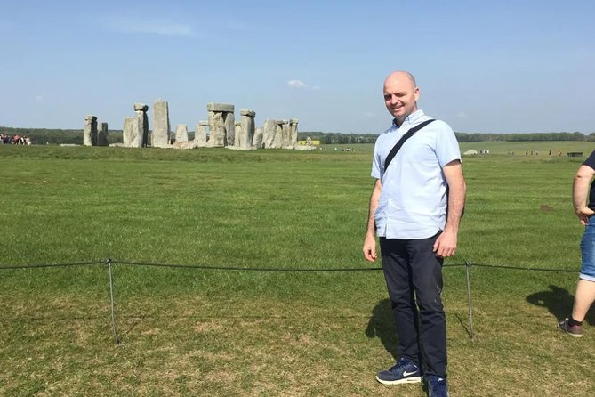Stonehenge & Bath Private Tour from London