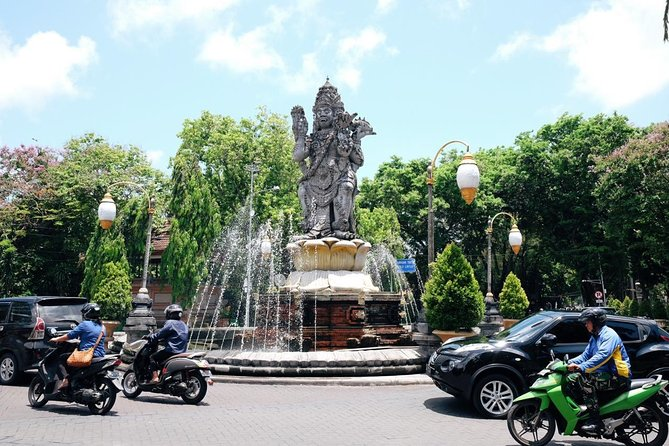 Walking tour in Denpasar heritage city