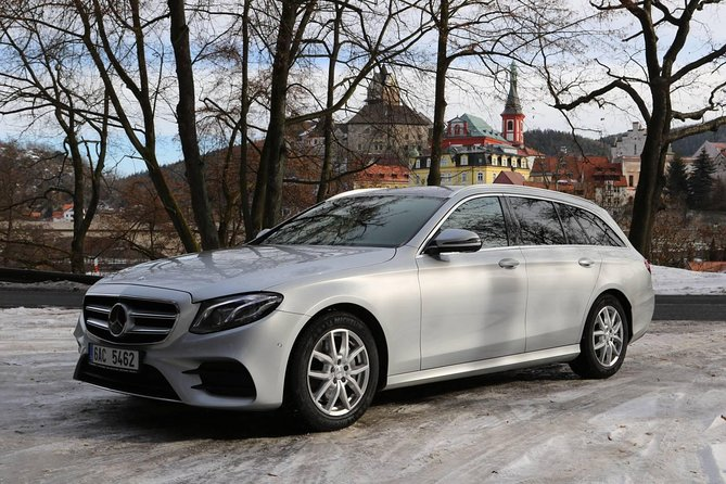 1-way Prague to Vienna - private transfer - Mercedes Benz - up to 8 persons photo 3