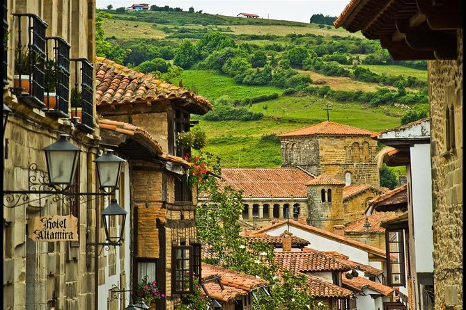 Private 8-hour Excursion to Santillana de Mar and Santander from Bilbao