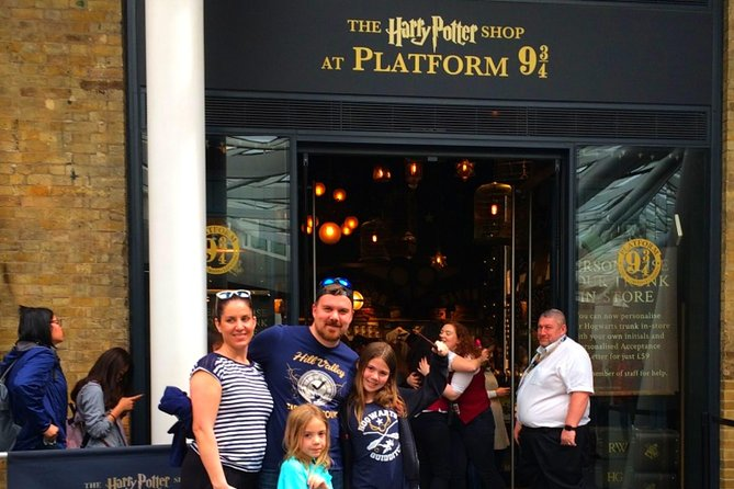 Harry Potter Kid-Friendly Walking Tour in London including Platform 9 3/4