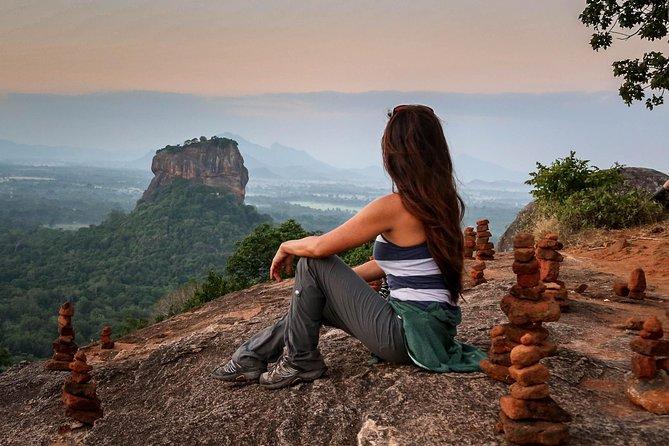 2 Days Tour to Sigiriya and Kandy