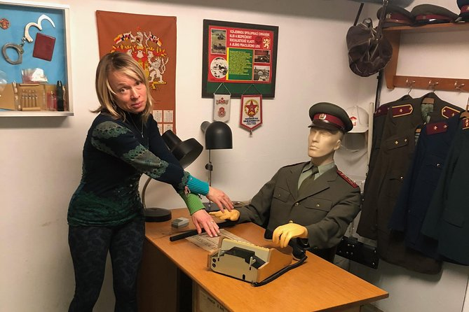 Velvet Revolution and Communism tour with PERSONAL PRAGUE GUIDE