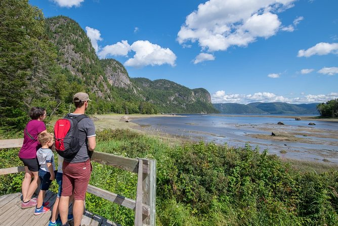 WALKING IN THE SAGUENAY NATIONAL PARK - Saguenay shore excurtions