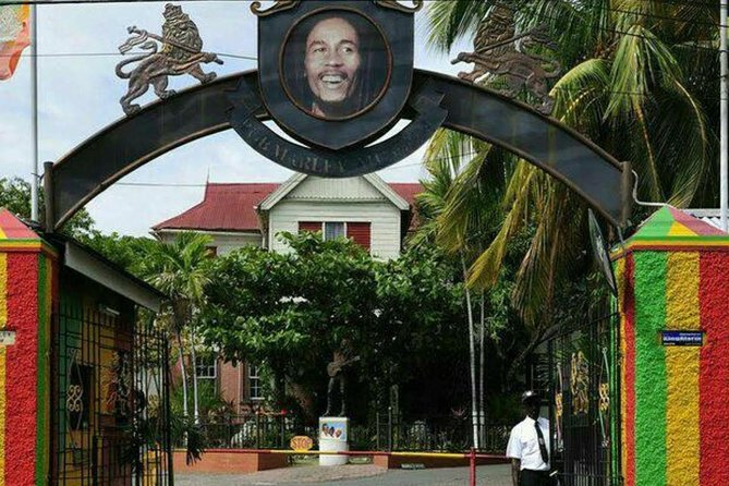 Private Tour to Kingston Bob Marley Museum