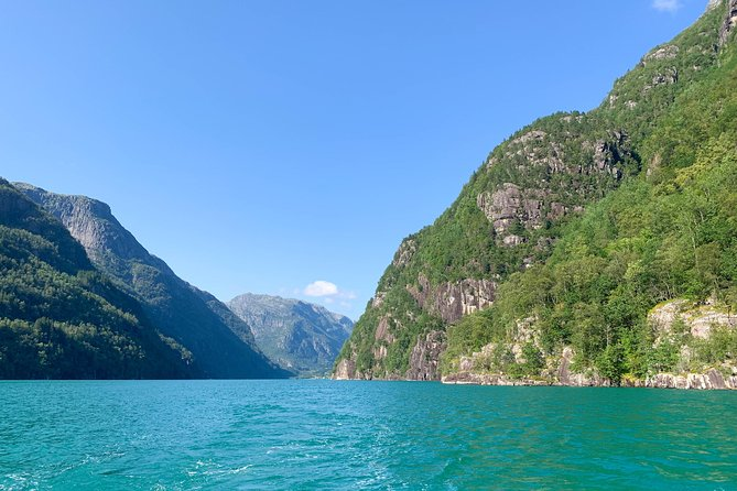 Private yacht fjord cruise, 3-8 hours