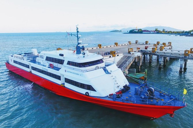 Koh Tao to Koh Samui Airport by Seatran Discovery Ferry and Minivan