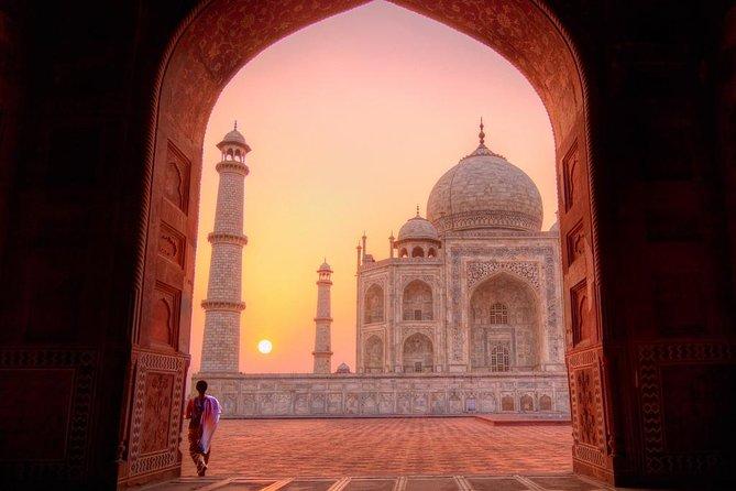 Same Day Taj Mahal Tour by Car from New Delhi