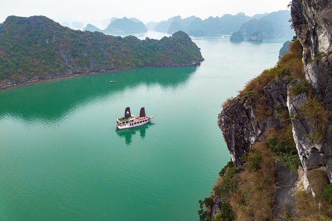 The Escape Sails – A Luxury Halong Bay Day Tour with a Difference photo 2