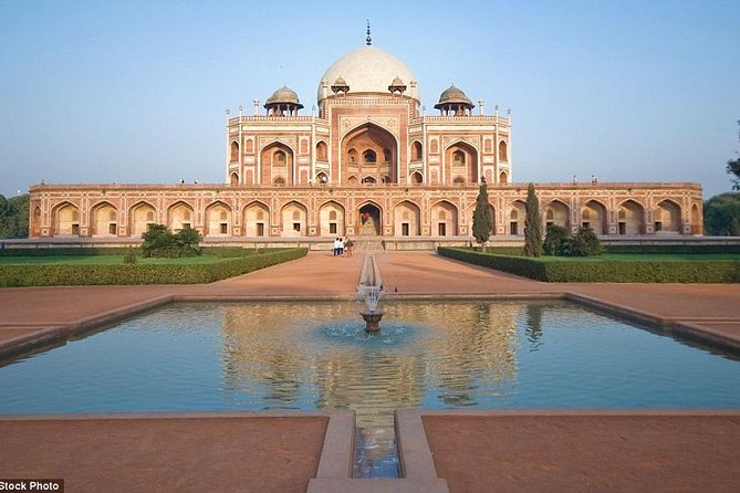Old and New Delhi Sightseeing Tour