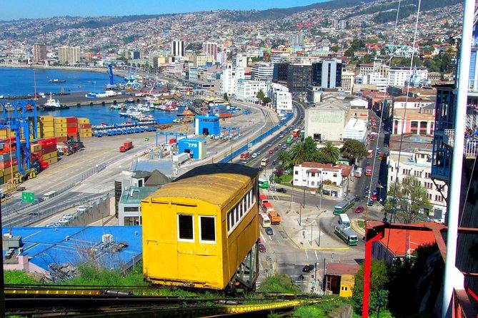 Casablanca Wine Tour with Valparaiso and Viña del Mar