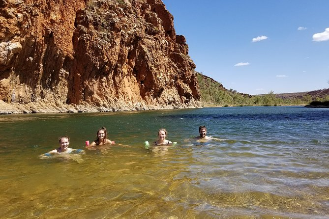 West MacDonnell Ranges Pool to Pool photo 2