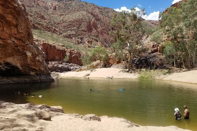 West MacDonnell Ranges Pool to Pool photo 8