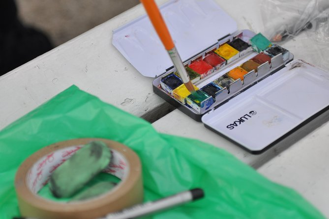 Paint Your View - Transform into a street painter and make your own souvenir!