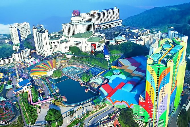 Genting Highlands Full Day Tour with Skyway Cable Car Tickets