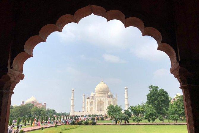 Private Taj Mahal Tour By Gatiman Express Train