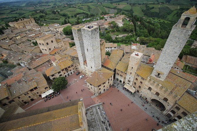 Siena, San Gimignano and Chianti Tour - Medieval Tuscany with some Wine