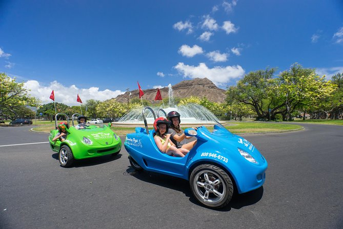Hawaiian Style Scoot Coupe Rental for the Day